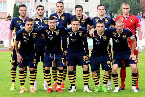 Во втором туре первой лиги «Металлист 1925» и ФК «Кобра» проиграли соперникам с одинаковым счетом 0:2