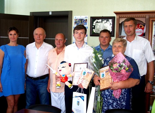 Роман Свичкарь и Ирина Одокиенко получили награды лучшего спортсмена и тренера Харькова за июль