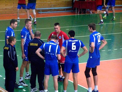 Харьковская «Юракадемия» победила в первом матче 4-го тура мужской Суперлиги