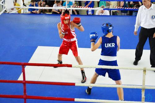 Юные харьковские боксеры вернулись с юниорского чемпионата Украины с 7 медалями