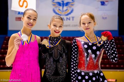 Успешное выступление харьковских фигуристов в Одессе