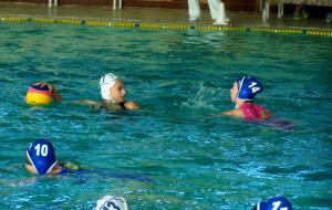 Стартовал чемпионат Украины по водному поло среди женщин