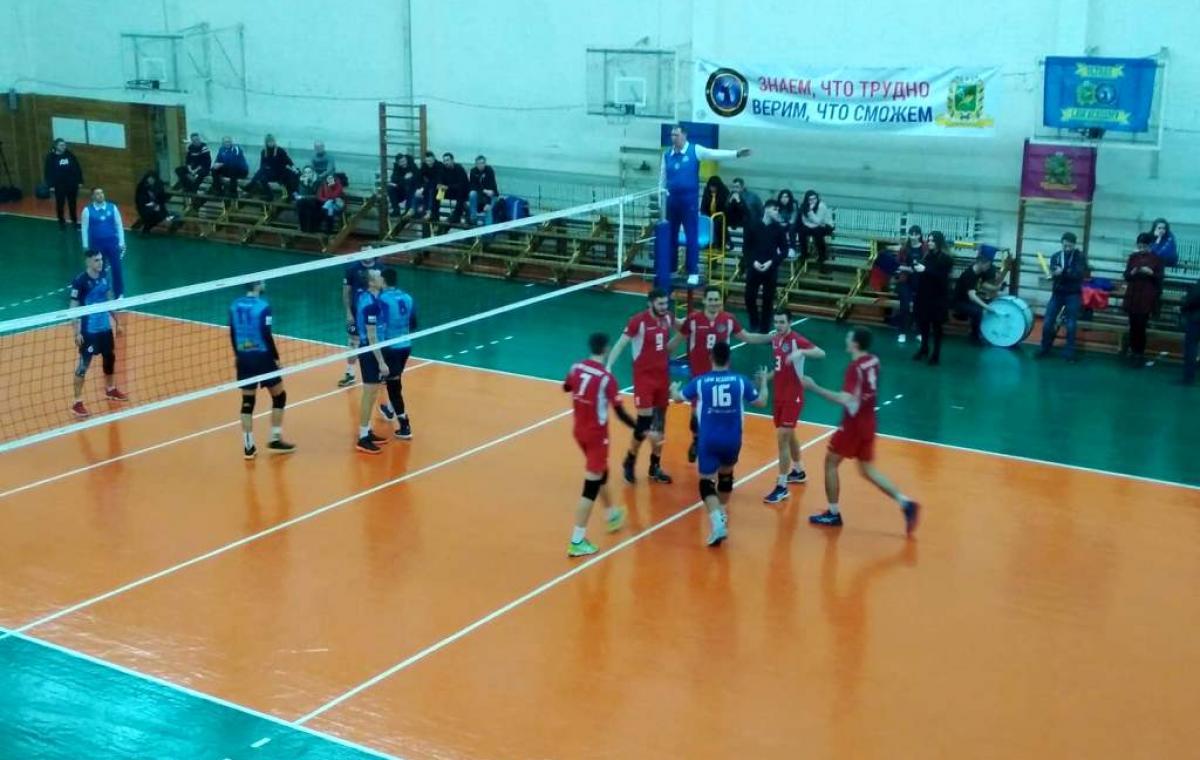 «Юракадемия» выиграла в первом матче у «Новатора»