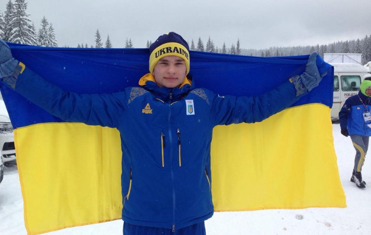 Харьковчанин Степан Кинаш победил в масс-старте на чемпионате Украины по биатлону среди юношей