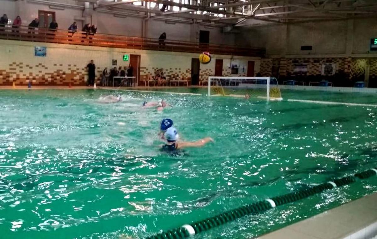 В Харькове прошли игры второго тура чемпионата Украины по водному поло среди женщин