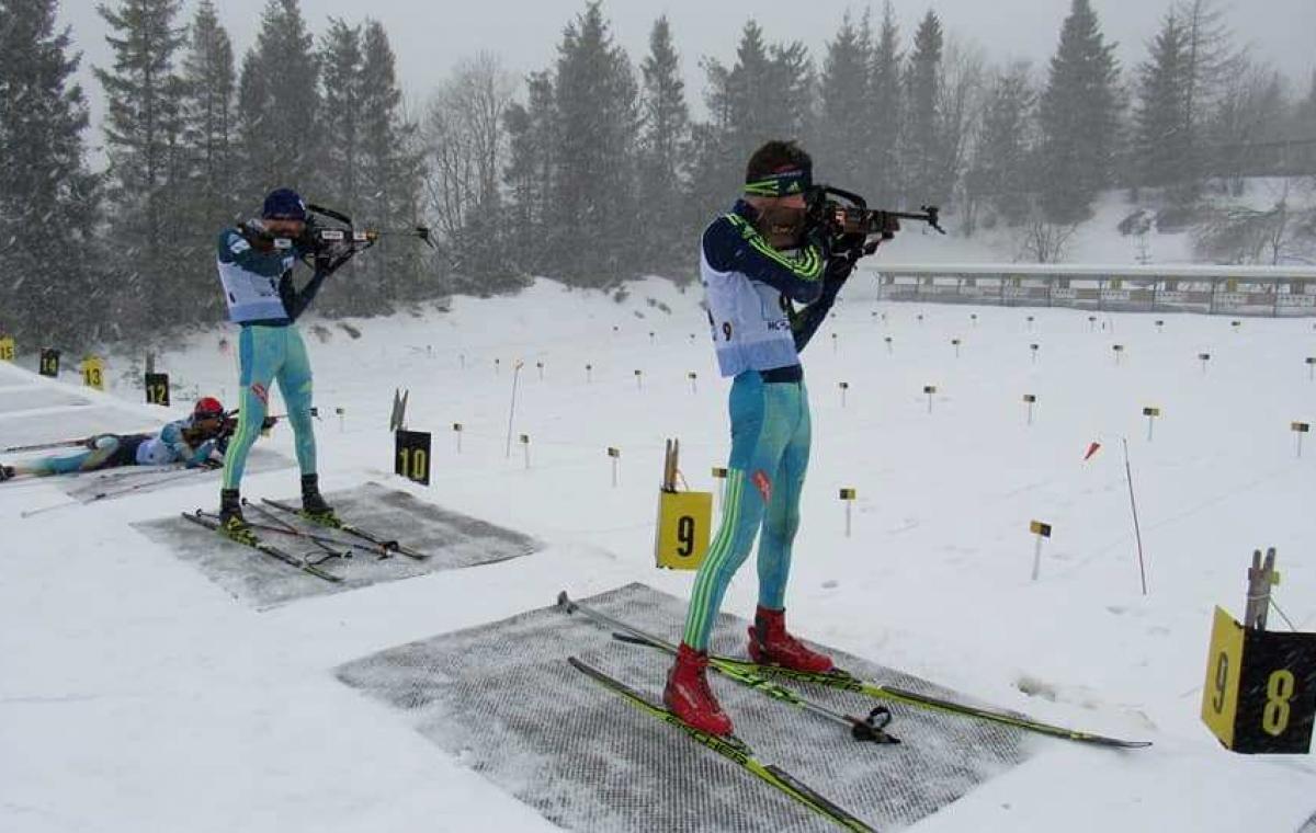 Два золота и два серебра завоевали харьковские биатлонисты на юношеском чемпионате Украины