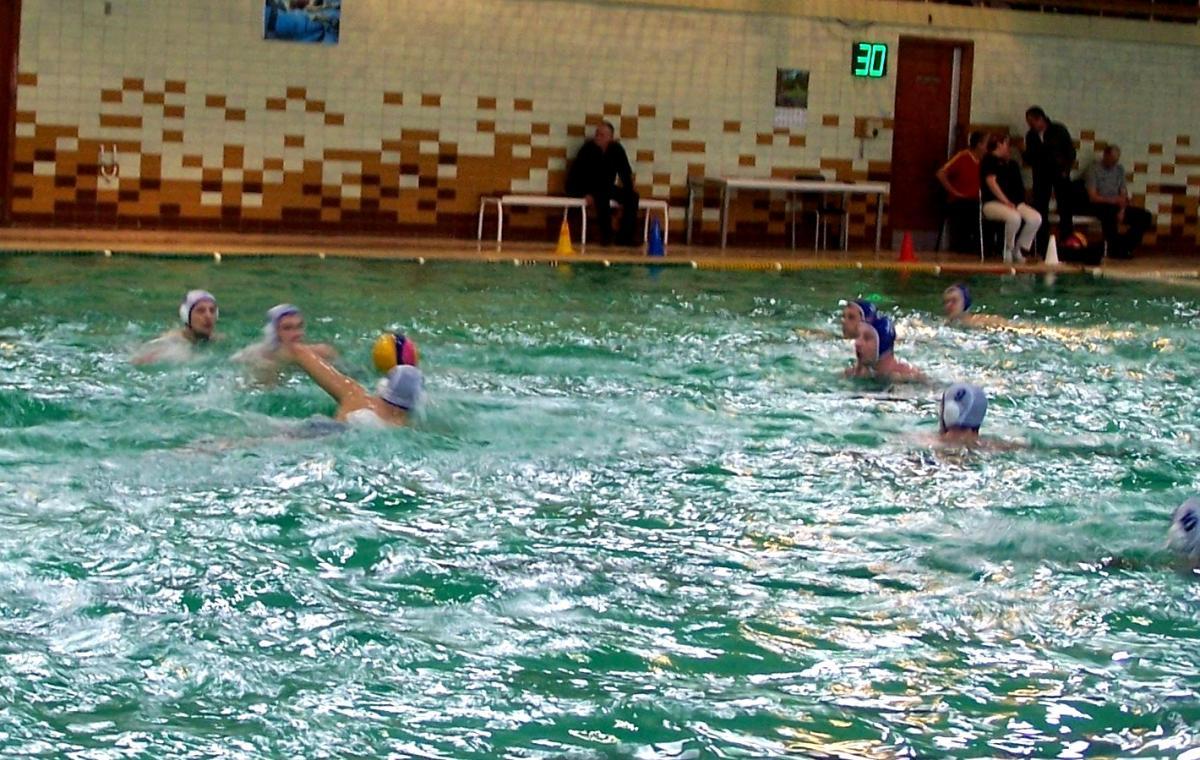 Сборная Харьковской области с победы стартовала в 4-м туре чемпионата Украины по водному поло