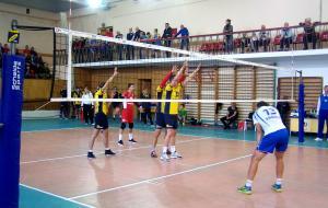 «Локомотив-ХДВУФК-1» проиграл два первых матча серии за право играть в Суперлиге