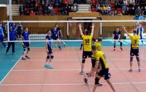 Харьковский «Локомотив-ХДВУФК-1» сократил отставание в серии за право играть в Суперлиге