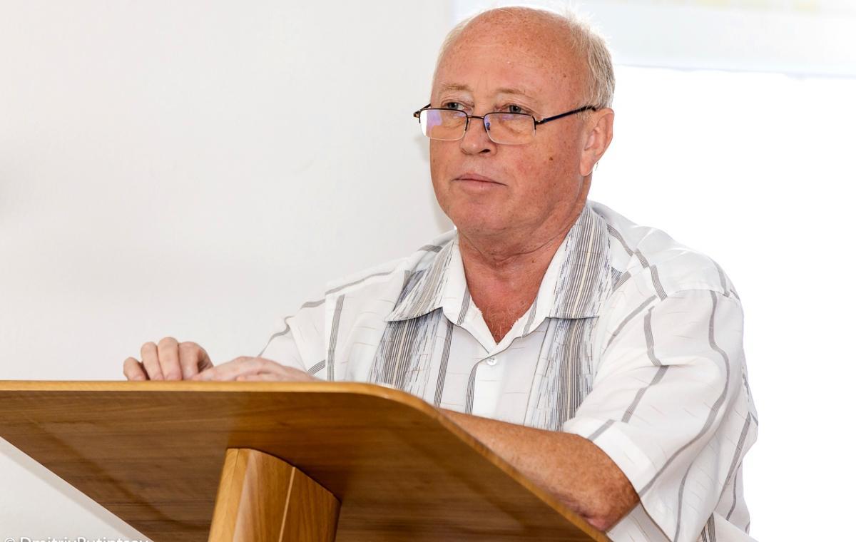 Юрий Балков - - глава суддейской коллегии Украинской федерации фигурного катания