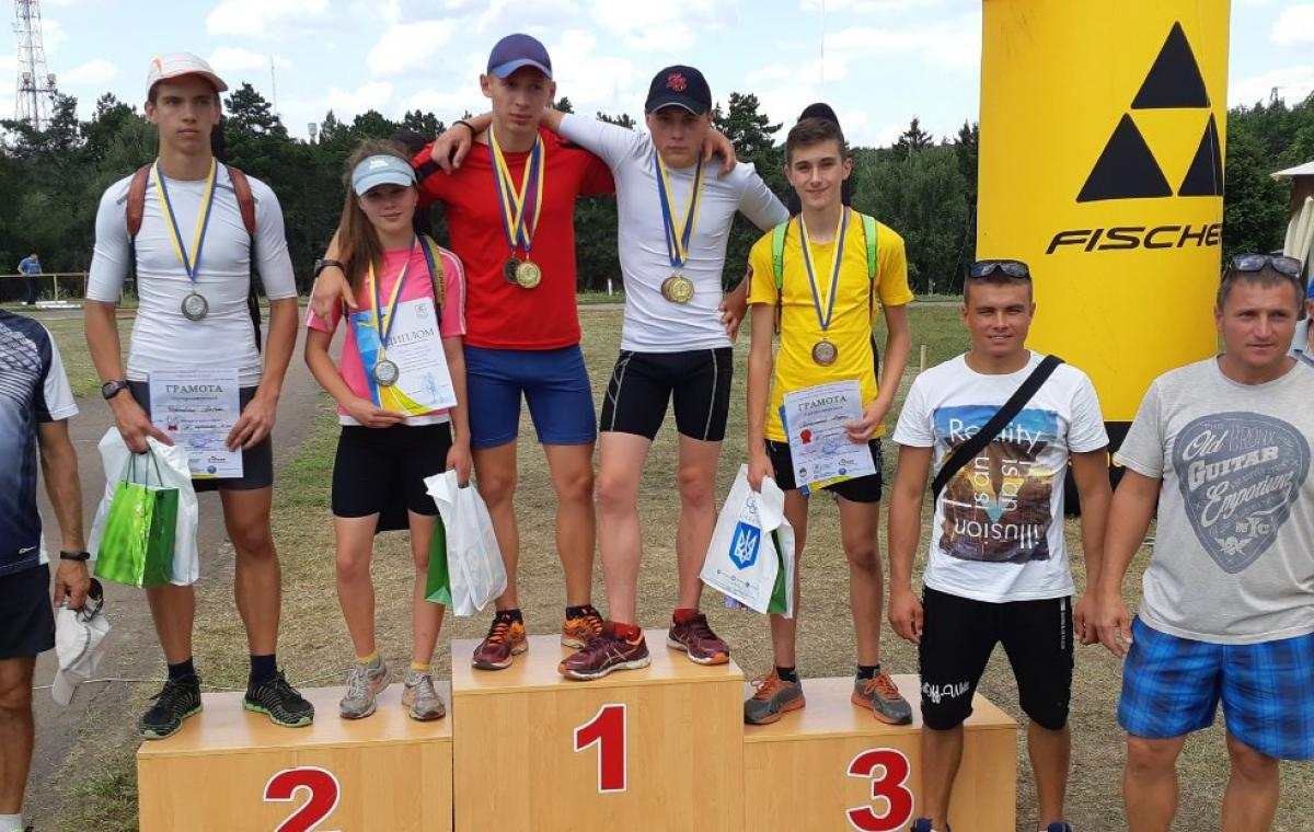 Первые медали нового сезона завоевали юные харьковские биатлонисты