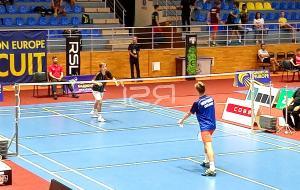 В Харькове начался международный турнир по бадминтону