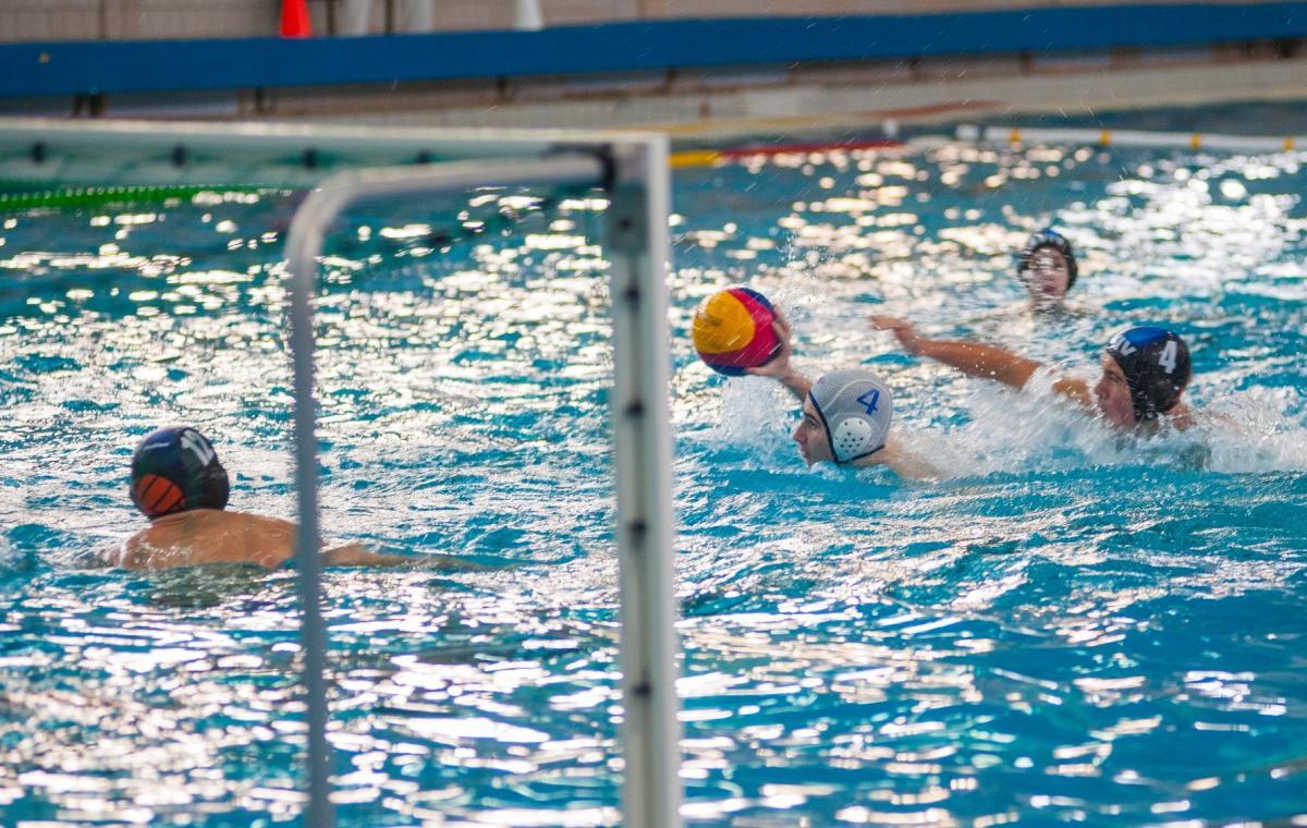 Начались игры третьего финального тура чемпионата Украины по водному поло среди юношей 2003 г.р.