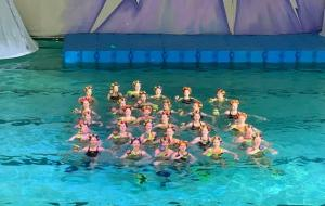 Новогоднее представление на воде в харьковском бассейне «Локомотив» (полная версия)