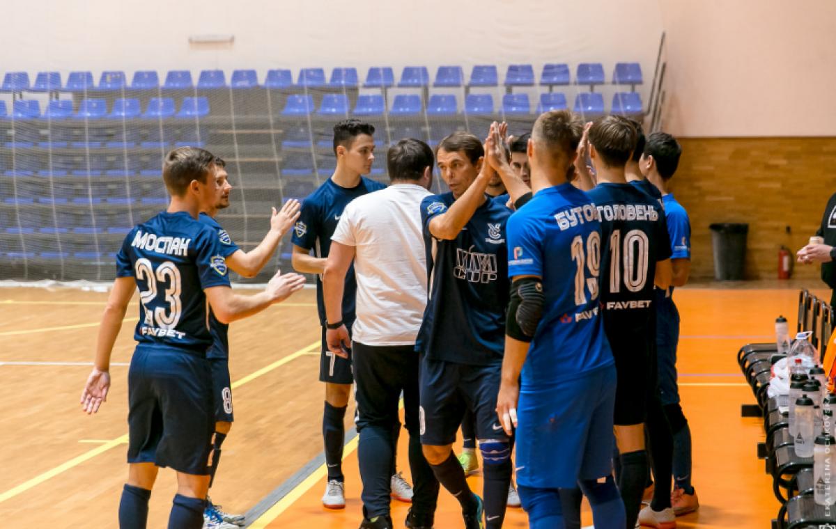 Футзальный харьковский «Монолит-Viva cup» победил «Кардинал» из Ровно 3:1