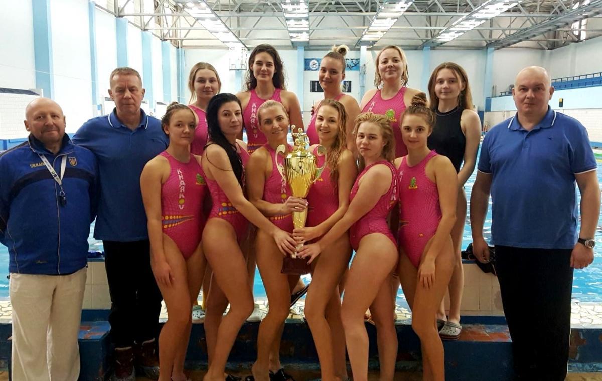 Сборная Харьковской области выиграла чемпионат и Кубок Украины по водному поло среди женских команд