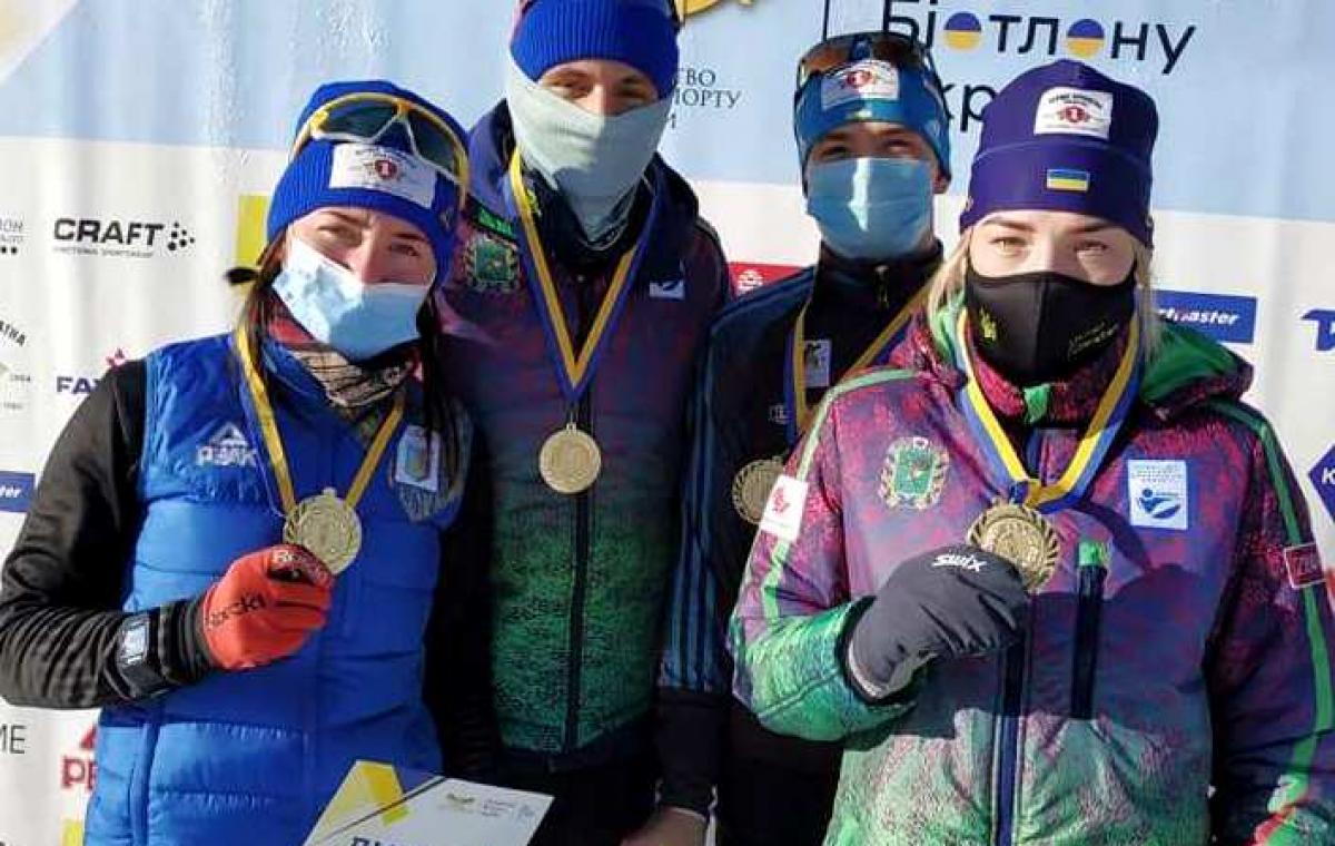 Харьковчане выиграли смешанную эстафету на чемпионате Украины по биатлону