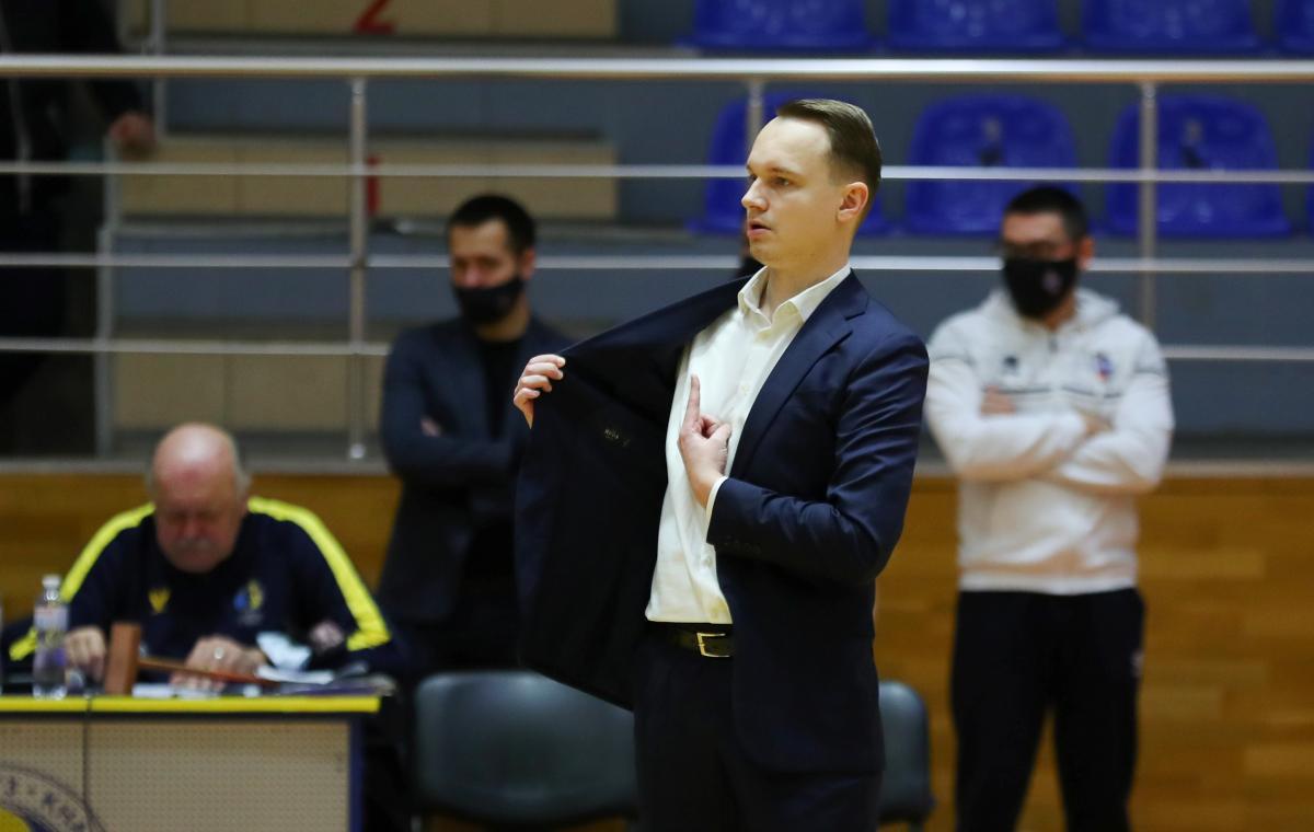 Первая победа «Харьковских Соколов» под руководством нового тренера