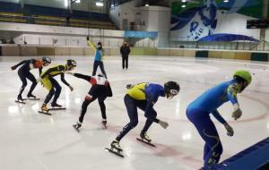 Четыре золотых медалей харьковских спортсменов на юношеском чемпионате Украины по шорт-треку