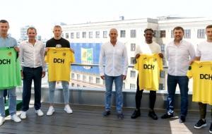 Харьковский «Металлист» представил новых игроков